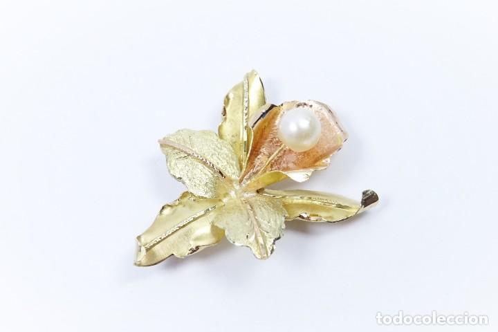 Joyeria: Colgante oro 18 quilates, combinado de oro amarillo y oro rosa en forma de hojas con perla cultivada - Foto 2 - 132482786