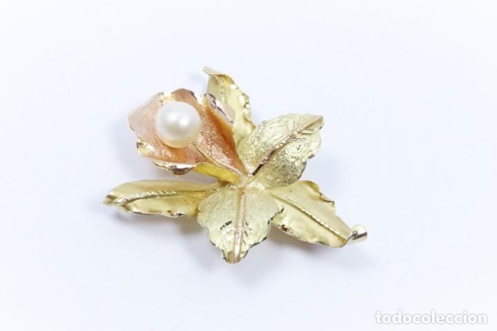 Joyeria: Colgante oro 18 quilates, combinado de oro amarillo y oro rosa en forma de hojas con perla cultivada - Foto 3 - 132482786