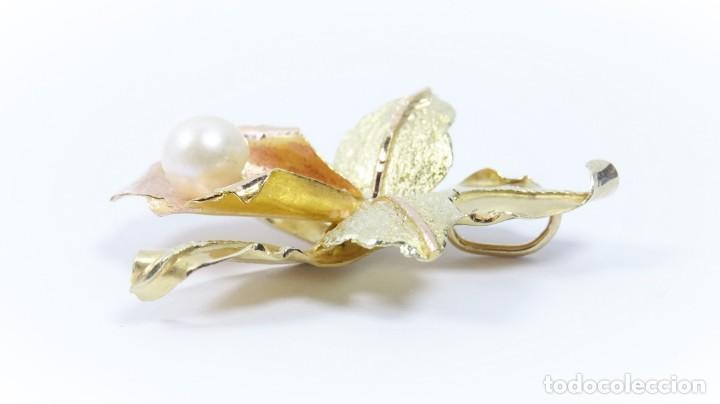 Joyeria: Colgante oro 18 quilates, combinado de oro amarillo y oro rosa en forma de hojas con perla cultivada - Foto 4 - 132482786