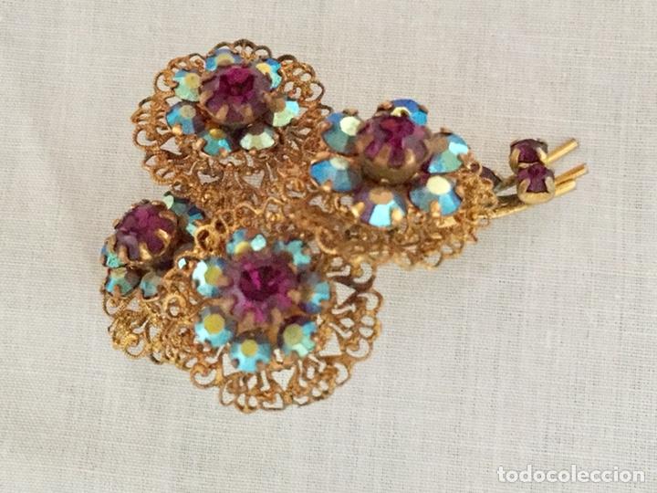 Joyeria: Broche filigrana de laton y cristales años 40 - Foto 2 - 133242110