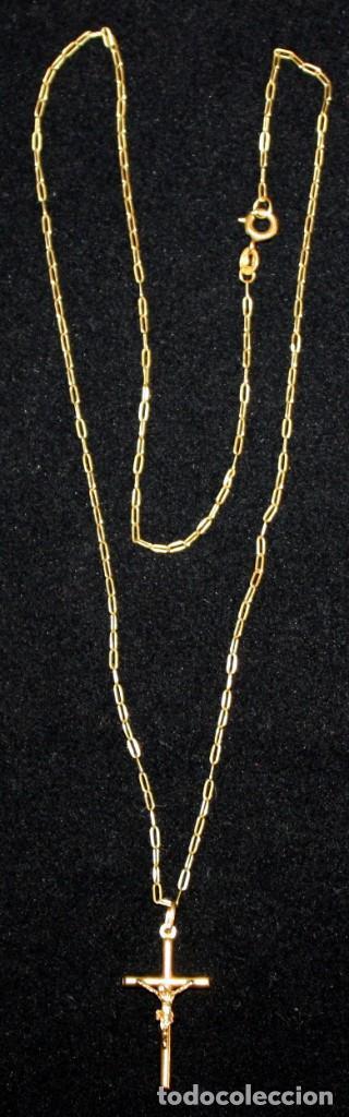 CRISTO EN LA CRUZ CON CADENA,DE ORO DE 18 KL. (Jewelry - Old Pendants)