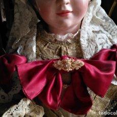 Joyeria: GRAN BROCHE PECTORAL DORADO PIEDRA CRISTAL PARA VIRGEN SEMANA SANTA FALLERA. Lote 133713022