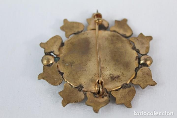 Joyeria: Broche antiguo tallado a mano sobre piedra. Años 20 camafeo - Foto 3 - 134224122
