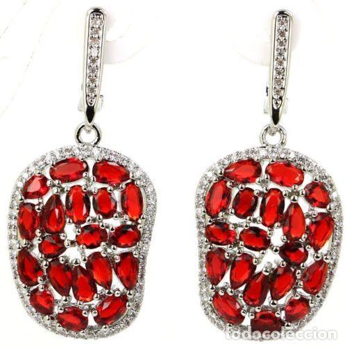 ff570d98b65e Originales pendientes   aretes de rubíes rojo sangre y circonitas cúbicas  en plata 925.