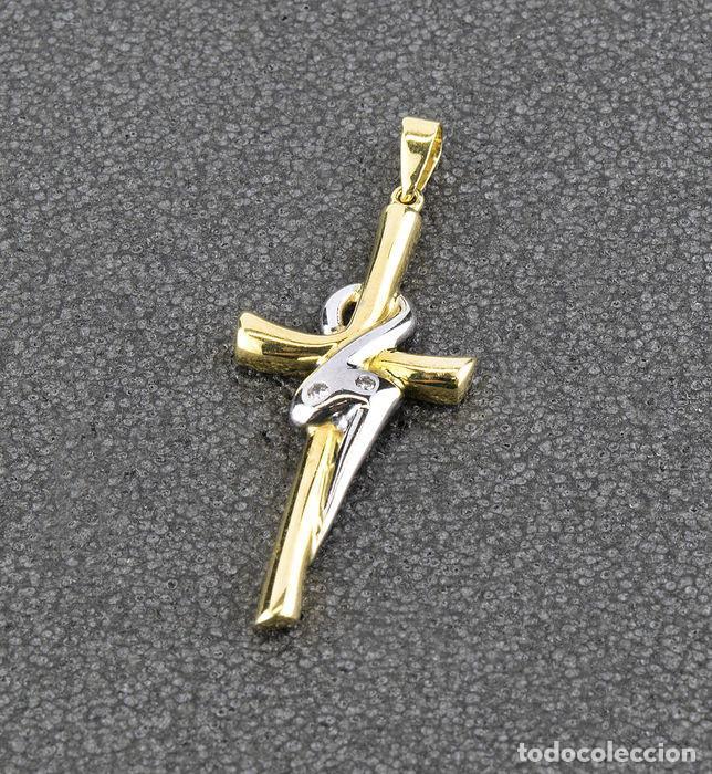 Joyeria: Colgante cruz con diamantes oro bicolor 18k - Foto 2 - 137795178
