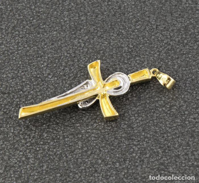 Joyeria: Colgante cruz con diamantes oro bicolor 18k - Foto 4 - 137795178