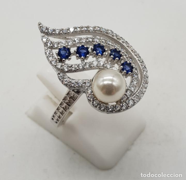 Joyeria: Magnífico anillo de estilo art decó en plata de ley, pavé de circonitas, perla y zafiros . - Foto 2 - 137817146