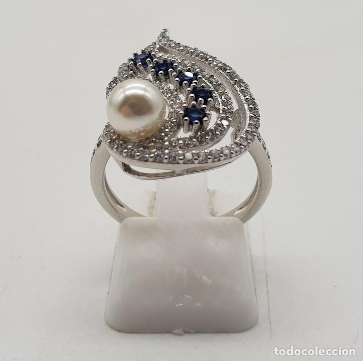 Joyeria: Magnífico anillo de estilo art decó en plata de ley, pavé de circonitas, perla y zafiros . - Foto 3 - 137817146
