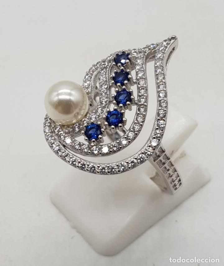 Joyeria: Magnífico anillo de estilo art decó en plata de ley, pavé de circonitas, perla y zafiros . - Foto 4 - 137817146