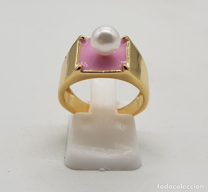 Joyeria: Anillo de estilo chic en plata de ley contrastada, baño de oro de 18k, esmalte rosa chicle y perla . - Foto 4 - 137858630