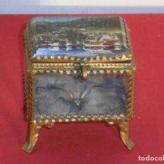 Joyeria: ANTIGUO JOYERO NAPOLEÓN III CRISTAL BISELADO Y BRONCE PERFECTO . Lote 138218454