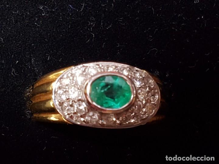 Joyeria: Anillo oro amarillo con diamantes y esmeralda - Foto 2 - 138545370