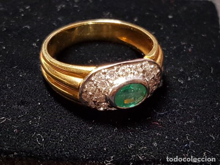 Joyeria: Anillo oro amarillo con diamantes y esmeralda - Foto 3 - 138545370