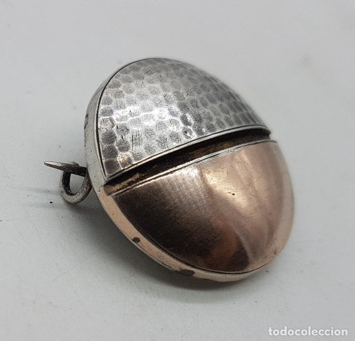 Joyeria: Broche antiguo art decó en plata de ley cincelada a mano y vistas de oro de ley . - Foto 4 - 138708082
