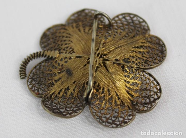 Joyeria: Broche antiguo de filigrana de plata, vermeil y esmaltado s XIX - Foto 2 - 139506814