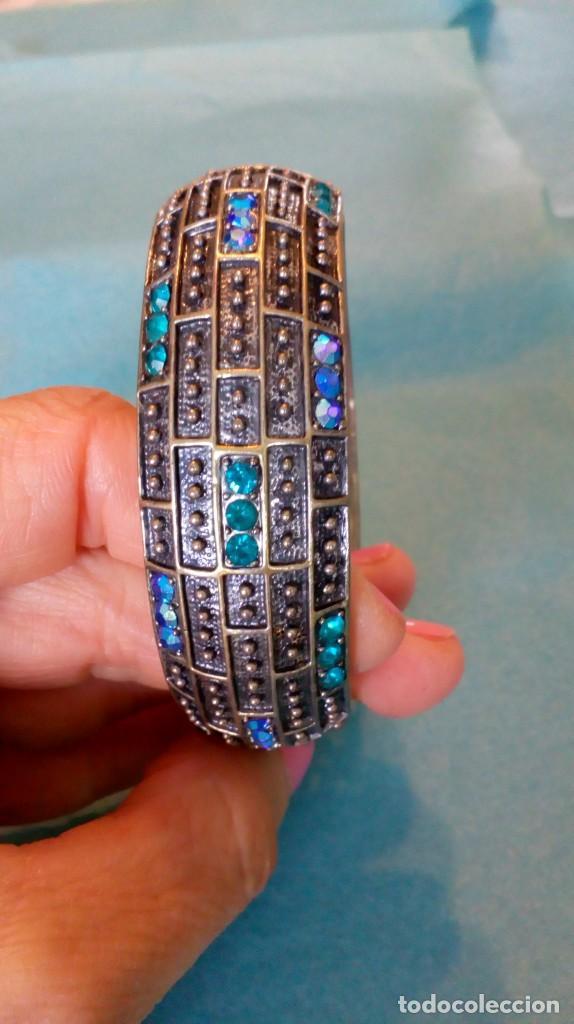 Joyeria: Bonito brazalete de pedrería azul - Foto 2 - 139550486