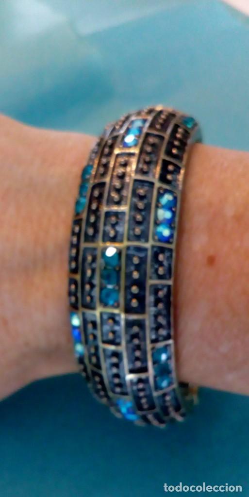 Joyeria: Bonito brazalete de pedrería azul - Foto 8 - 139550486