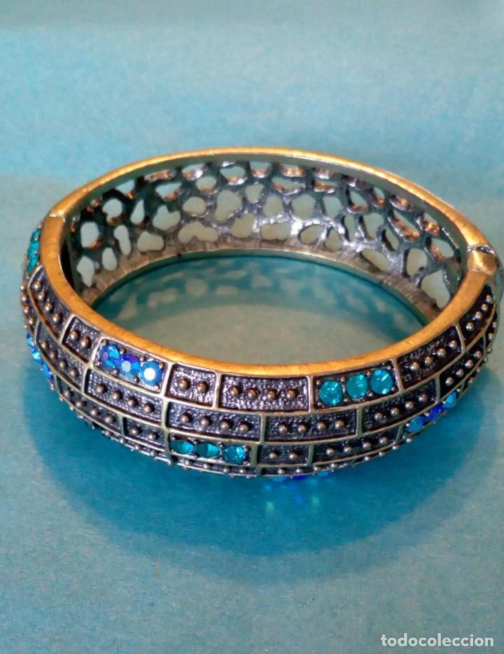 Joyeria: Bonito brazalete de pedrería azul - Foto 9 - 139550486