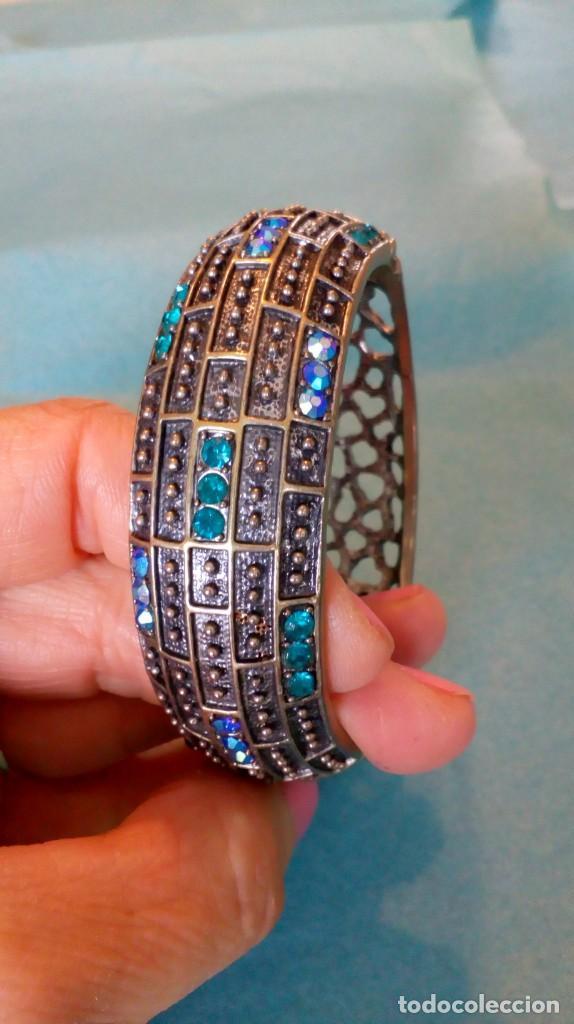 Joyeria: Bonito brazalete de pedrería azul - Foto 10 - 139550486