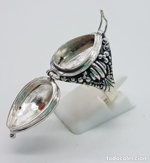 Joyeria: Impresionante anillo en plata de ley contrastada estilo rococó con cofre secreto y granate incrustad - Foto 5 - 144163208