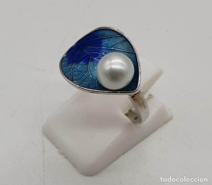 Joyeria: Bella sortija en forma de hoja en plata de ley contrastada, esmaltes azules al fuego y perla . - Foto 2 - 146521668