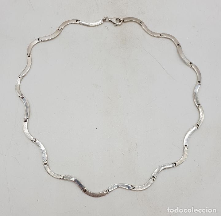 Joyeria: Bella gargantilla con eslabones de plata de ley en forma de ondas, contrastada . - Foto 5 - 141083350