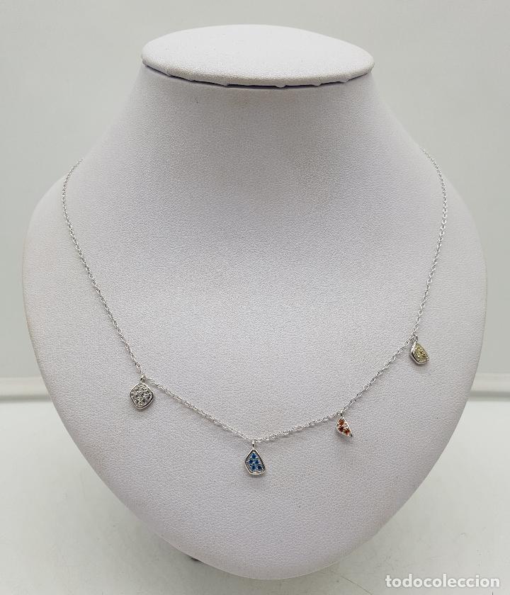 f40b16f78ad4 Elegante gargantilla en plata de ley, bellos dijes en pavé de piedras  semipreciosas talla brillante