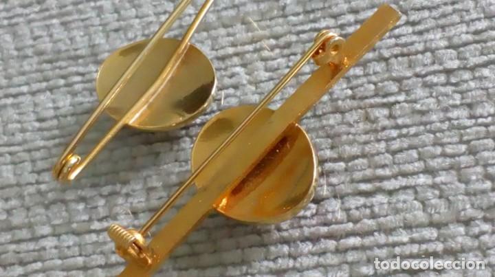 Joyeria: Dos broches compañeros con escudo e iniciales - Foto 6 - 142831418