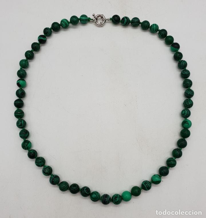 Joyeria: Bella gargantilla en perlas de piedra verde malaquita y cierre reasa chapado en plata de ley . - Foto 6 - 143525434
