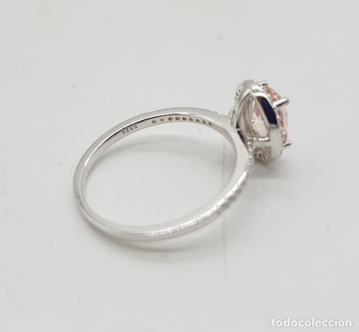 Joyeria: Sortija tipo solitario de pedida de mano en plata de ley, pave de circonitas y kunzita talla oval . - Foto 6 - 143843886