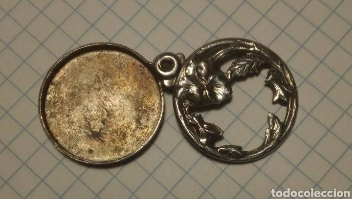 Joyeria: Antiguo y precioso guardapelo en metal plateado,modernista de 1900 - Foto 2 - 144498438