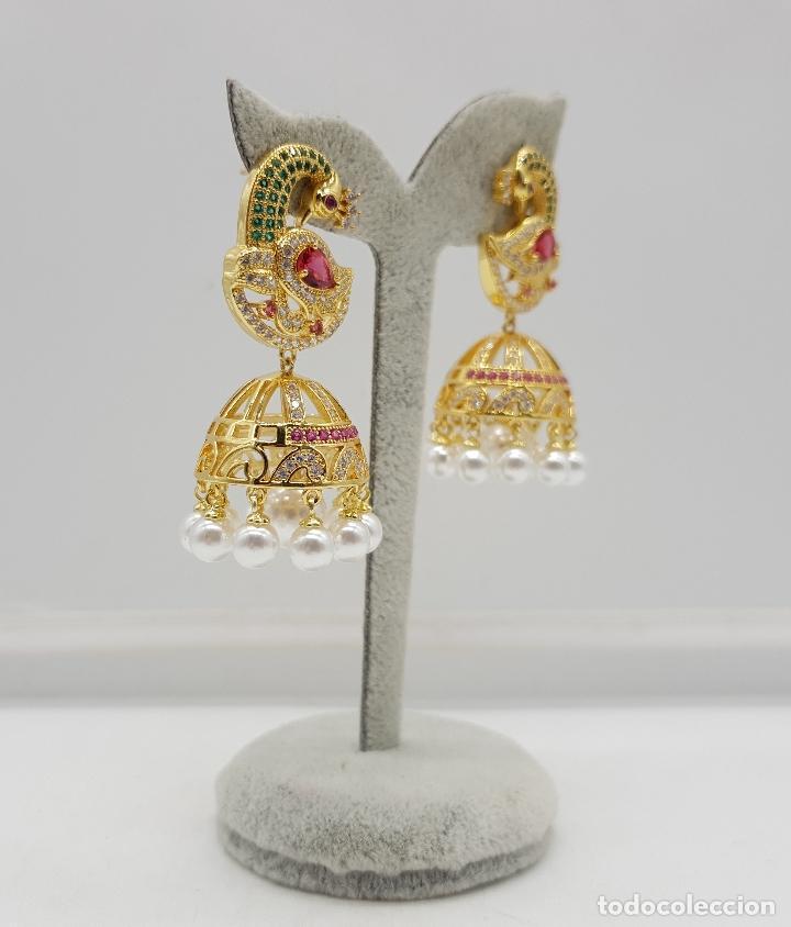 Joyeria: Espectaculares pendientes de lujo chapados en oro de 18k y pave de pedrería, con forma de pavo real - Foto 2 - 144562374