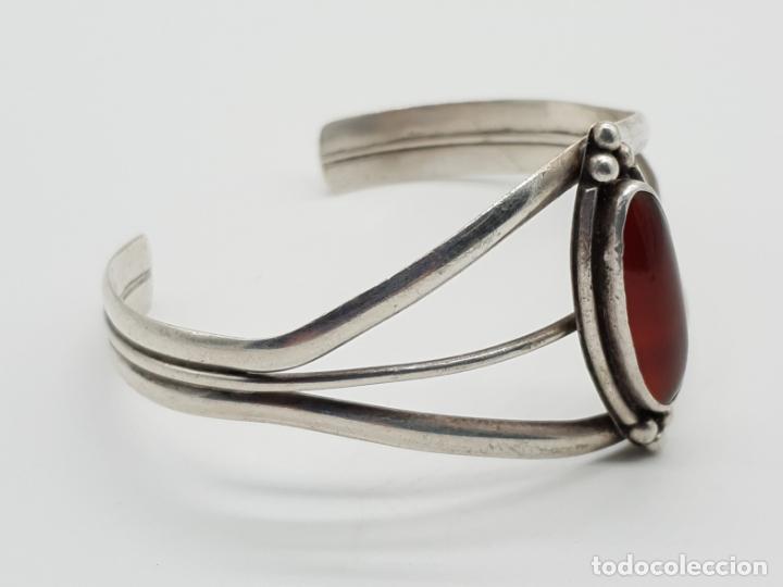 Joyeria: Brazalete antiguo en plata de ley con cabujón de ágata roja autentica incrustada talla marqués . - Foto 2 - 145105702