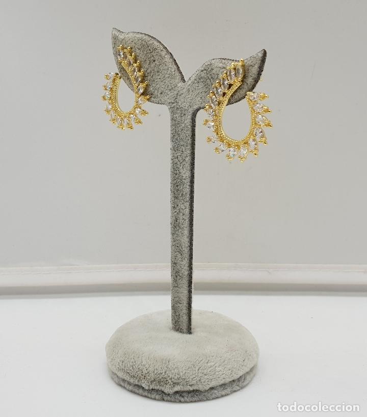Joyeria: Pendientes de lujo tipo nupcial con acabado en oro de 18k y circonitas talla marqués engarzadas . - Foto 3 - 146945518