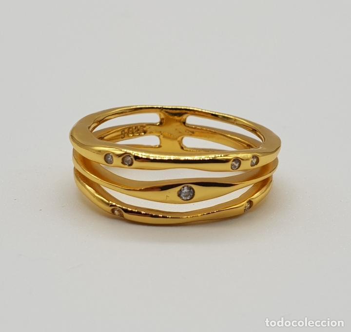 Joyeria: Elegante y sofisticado anillo tipo alianza en plata de ley chapado en oro de 18k y circonitas . - Foto 5 - 146949510