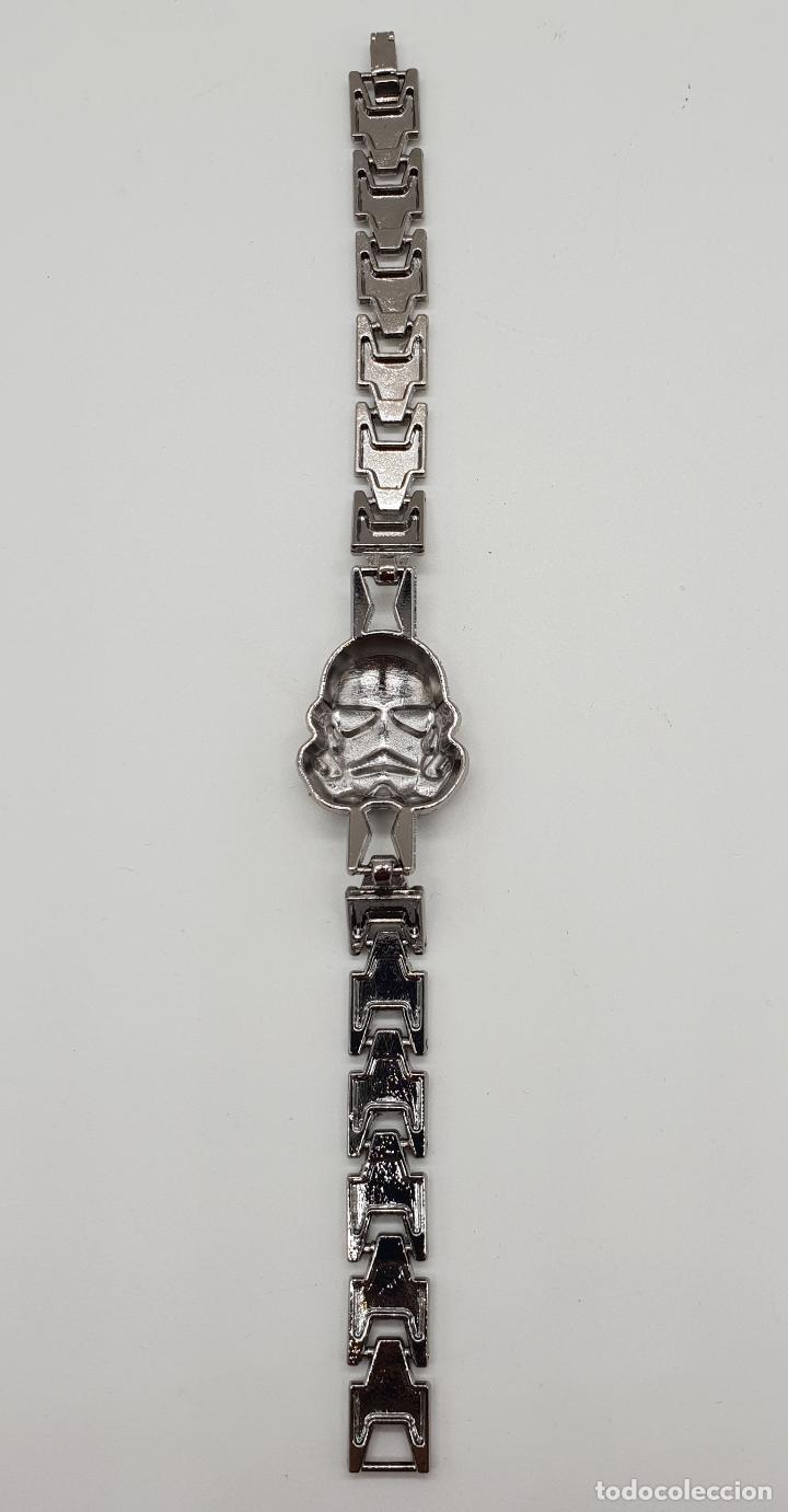 Joyeria: Pulsera unisex en eslabones de metal con máscara en relieve de soldado imperial star wars . - Foto 3 - 147242082