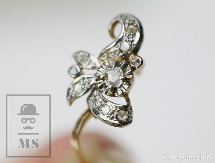 Joyeria: Pareja de Antiguos Pendientes de Oro Amarillo Irradiado y Diamantes - Motivos Vegetales / Hojas - Foto 3 - 147964814