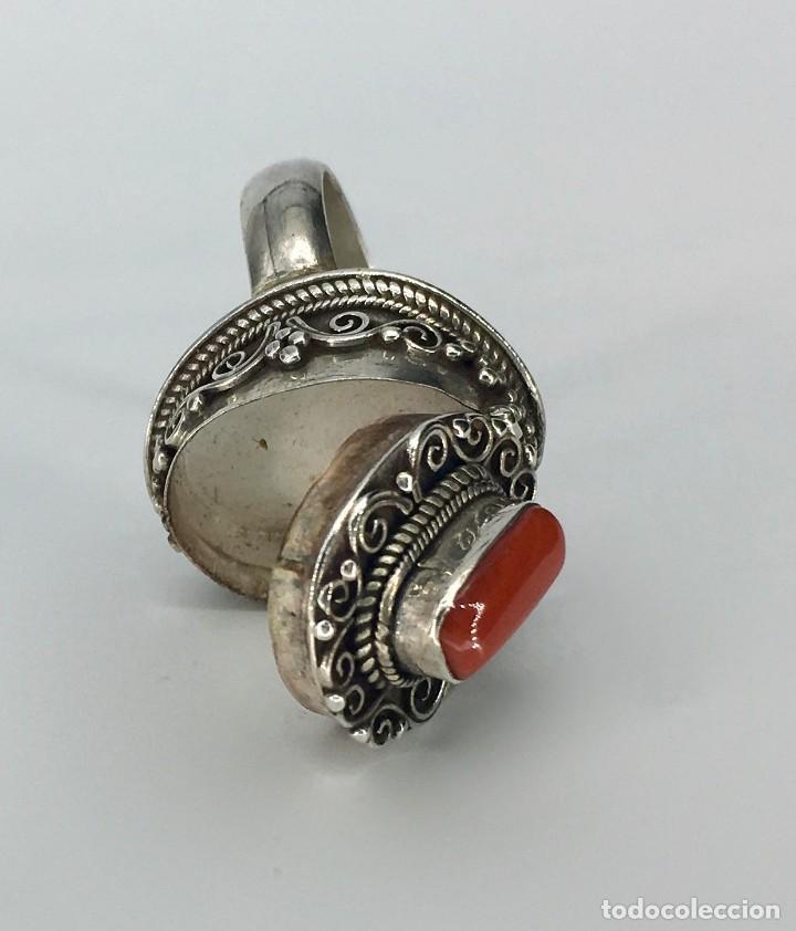 Joyeria: Anillo étnico tibetano de plata 925 y coral rojo - Foto 2 - 148409934