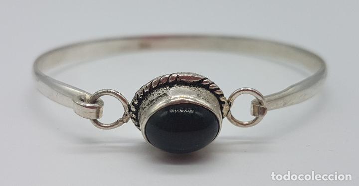 Joyeria: Bonita pulsera antigua en plata de ley contrastada con cabujón de azabache incrustado. - Foto 4 - 148838702