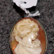 Schmuck - Colgante camafeo de concha y plata - 149314778