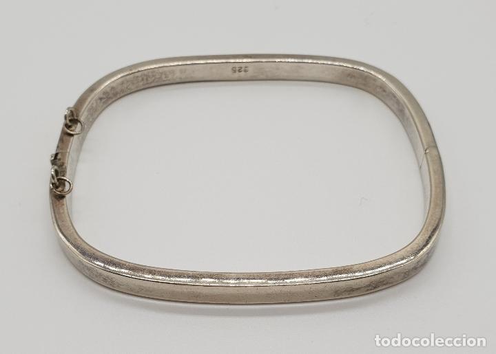Joyeria: Elegante brazalete antiguo en plata de ley contrastada de caña plana. - Foto 2 - 149805286