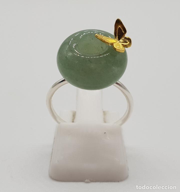 Joyeria: Original anillo de estilo minimalista en plata de ley, oro de 18k, mariposa en relieve y jade . - Foto 3 - 150545922