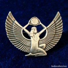 Joyeria: ANTIGUA INSIGNIA BROCHE EGIPCIA ISIS REALIZADO EN PLATA. Lote 151078126