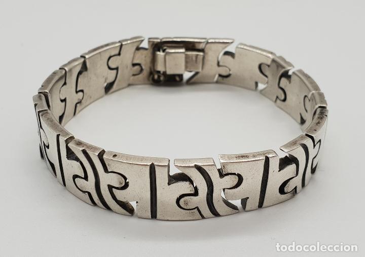 c24ae89651dd Magnífico brazalete en plata de ley maciza con forma de piezas de puzzle