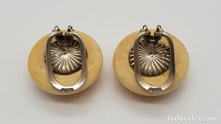 Joyeria: Pendientes antiguos art decó, tipo boton en marfil o símil y plata de ley contrastada . - Foto 4 - 151547634