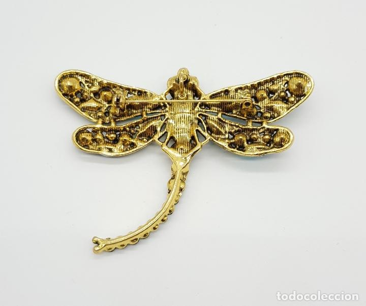 Joyeria: Broche de estilo modernista de libelula con acabado en oro , y pedrería de cristal austriaco . - Foto 6 - 173343537