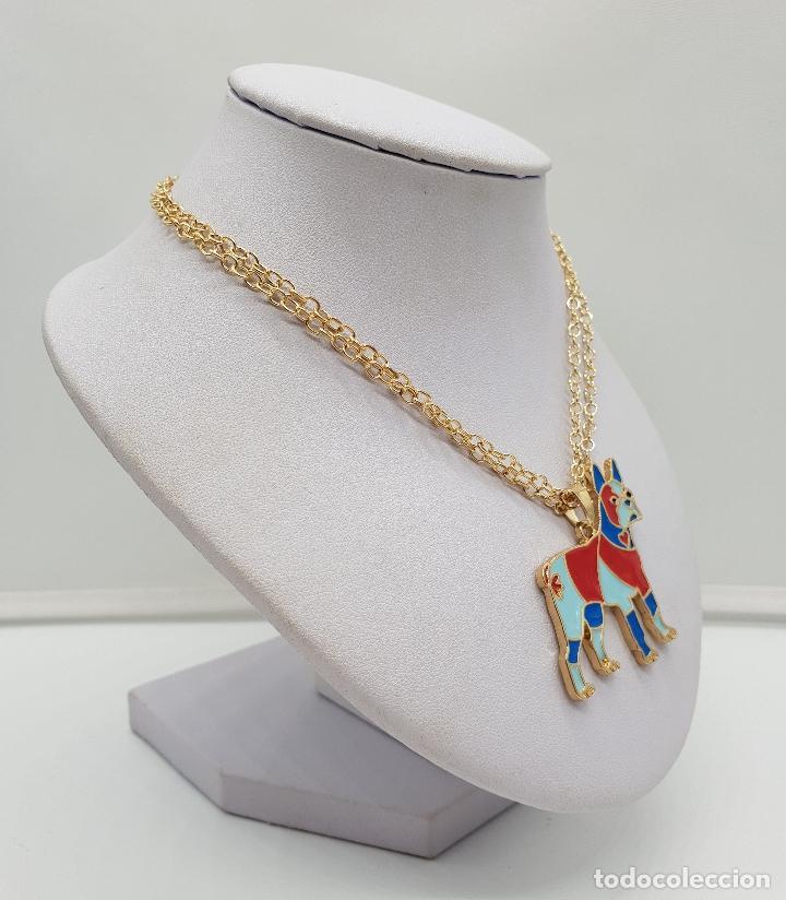 Joyeria: Original colgante de perro con acabado en oro de 14k y esmaltes . - Foto 4 - 152585022