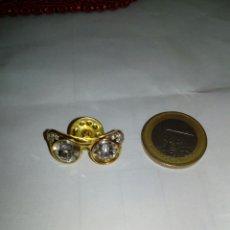 Joyeria: PIN ANTIGUO GAFA. Lote 153033841