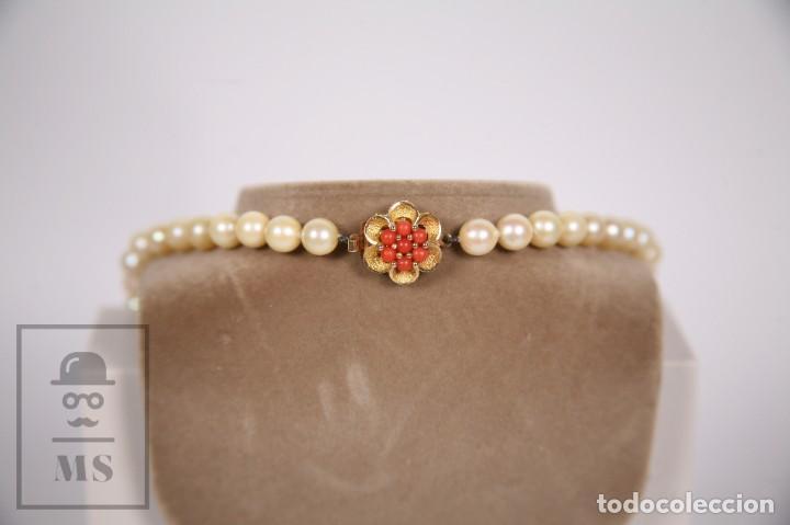 Joyeria: Precioso Collar de Perlas Cultivadas con Cierre de Oro y Cuentas de Coral Rojo - Longitud 64 cm - Foto 7 - 153193802