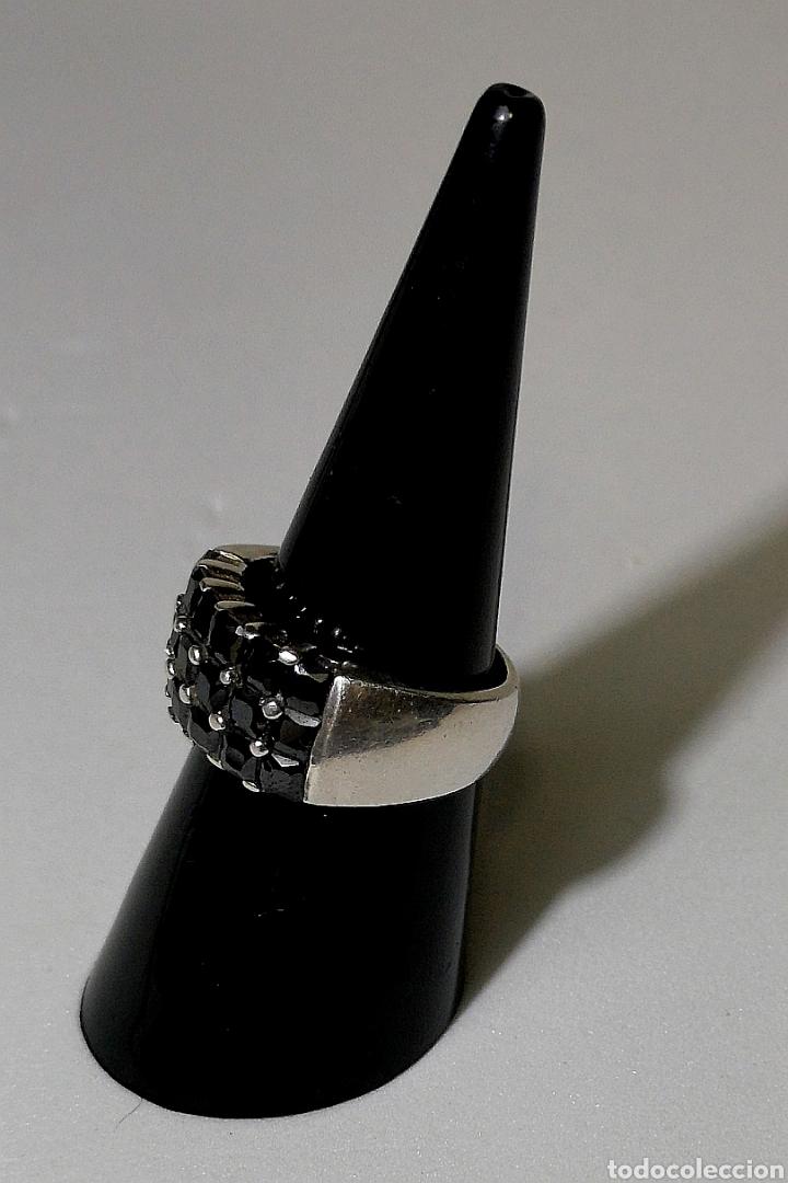 Joyeria: Bello anillo de plata 925 con azabaches engarzados estilo vintage - Foto 2 - 153410477